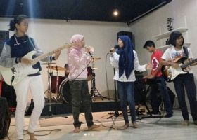 Band SMP 85